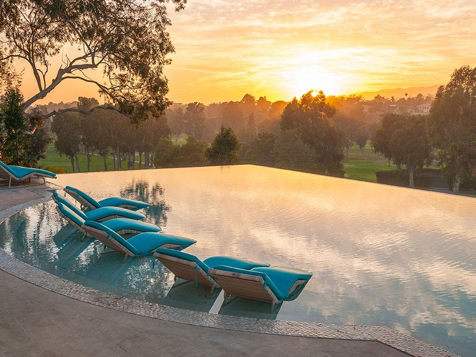 22 Million Santa Monica 39 S 39 House Of Rock 39 Hits The Market