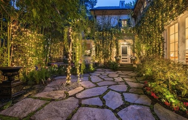 Jessica Simpson Sells Beverly Hills Mansion For 6 4