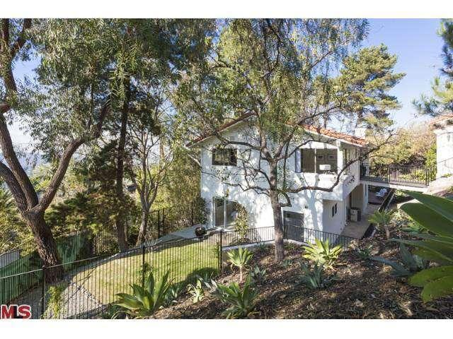 Captain America Actor Chris Evans Lists Hollywood Hills