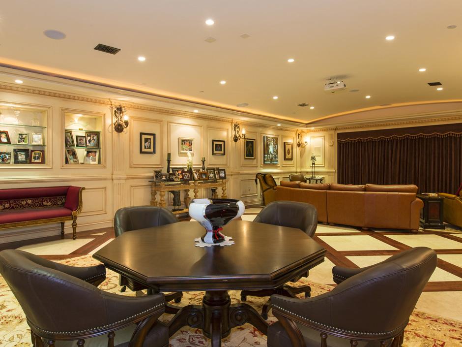 sofia vergara dropped  10 6 million on a villa in the