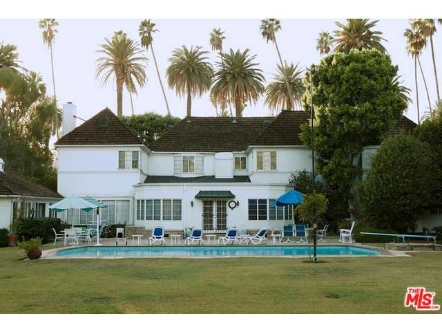 Pat boone lists longtime beverly hills estate for 18 5 for Famous homes in beverly hills