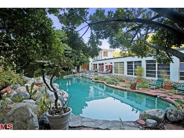 Jared leto house actor buys in laurel canyon for 5 million for Laurel home