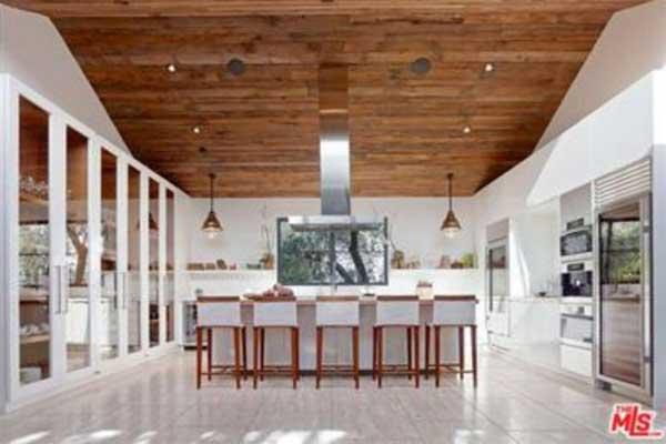 Jason Statham And Rosie Huntington Whiteley Buy In Beverly