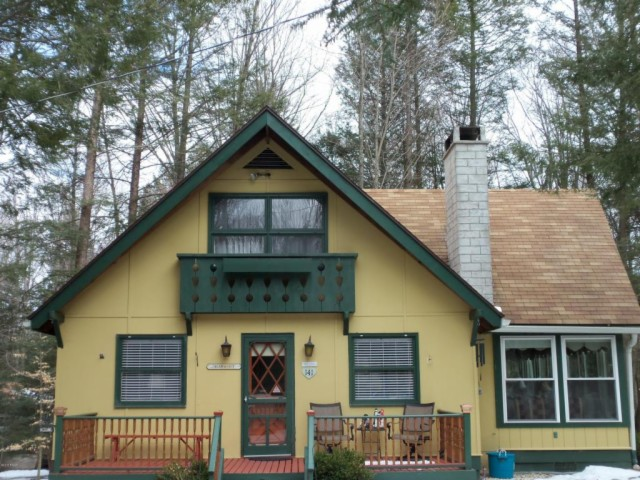 8 cozy country cottages for sale under  200 000
