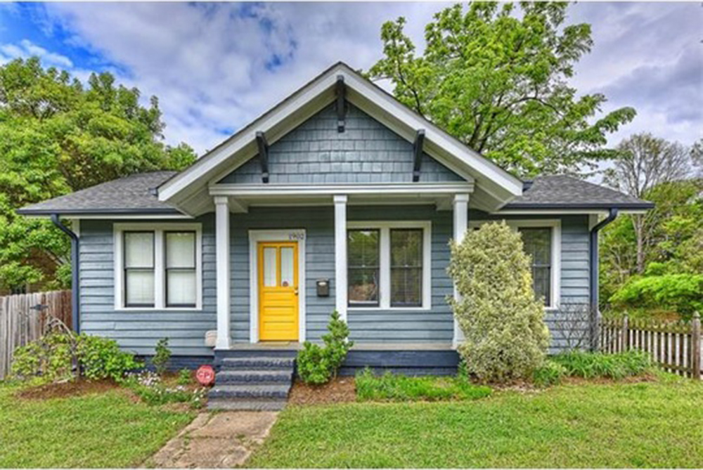 5 classic and affordable craftsman homes for sale for American classic realty