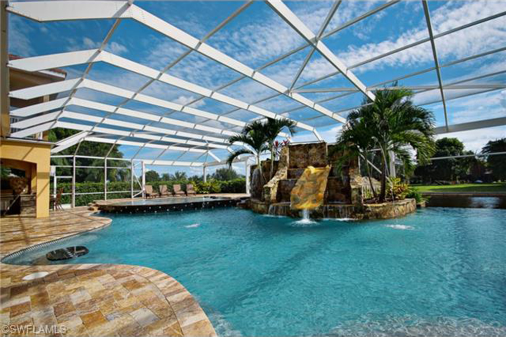 june2015 trulia 9 homes for sale with epic water slides cape coral - Cool Indoor Pools With Slides