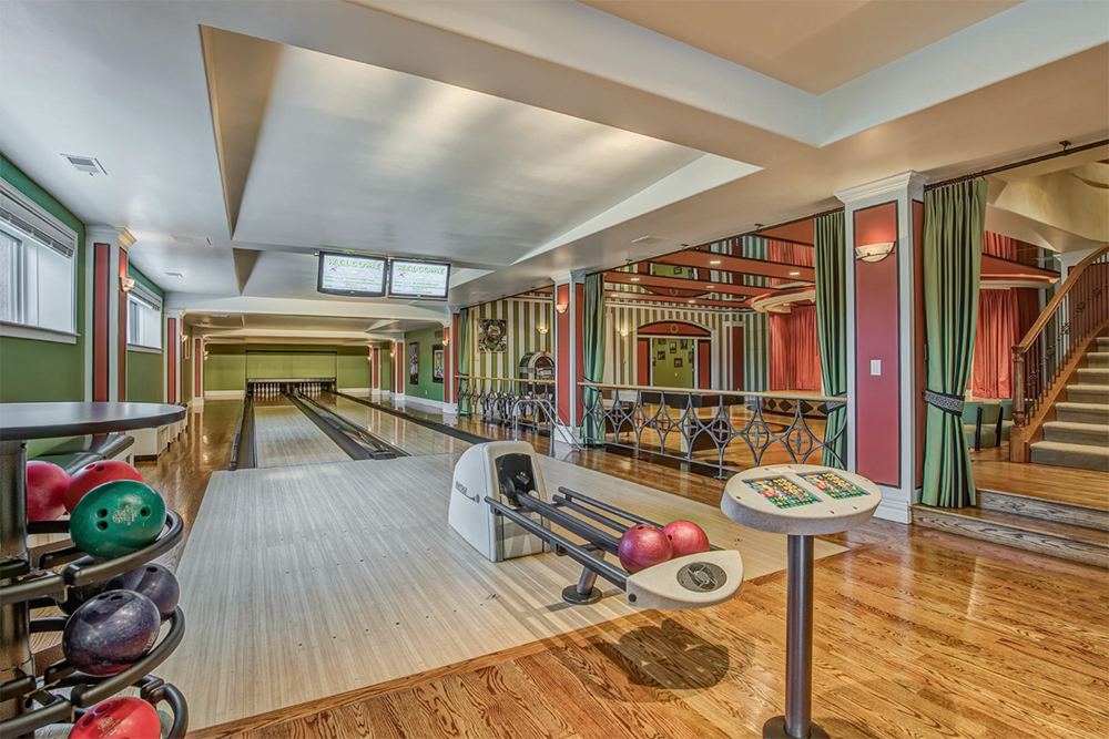 The Dude Abides 13 Homes For Sale With Bowling Alleys