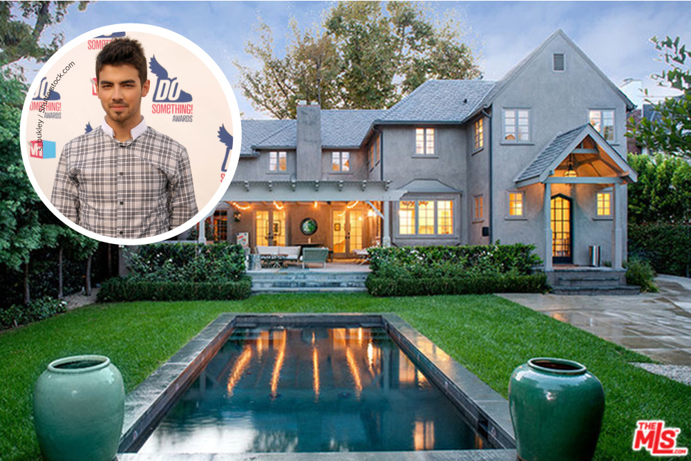 Joe jonas lists west hollywood mansion celebrity for Hollywood house for sale
