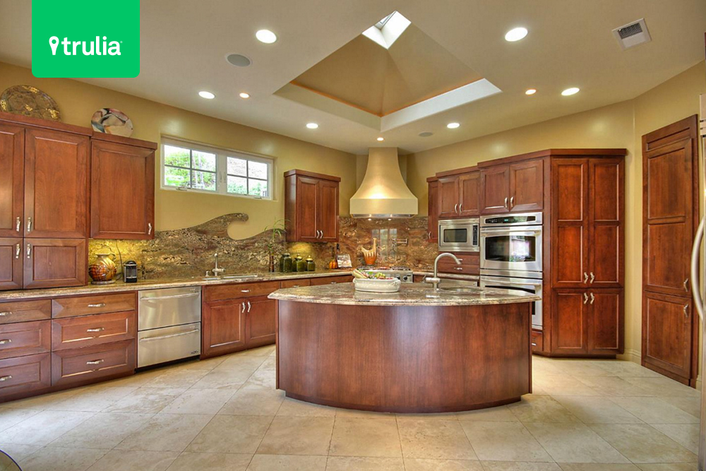 15 Luxe Kitchen Designs Worth Stealing Life At Home Trulia Blog