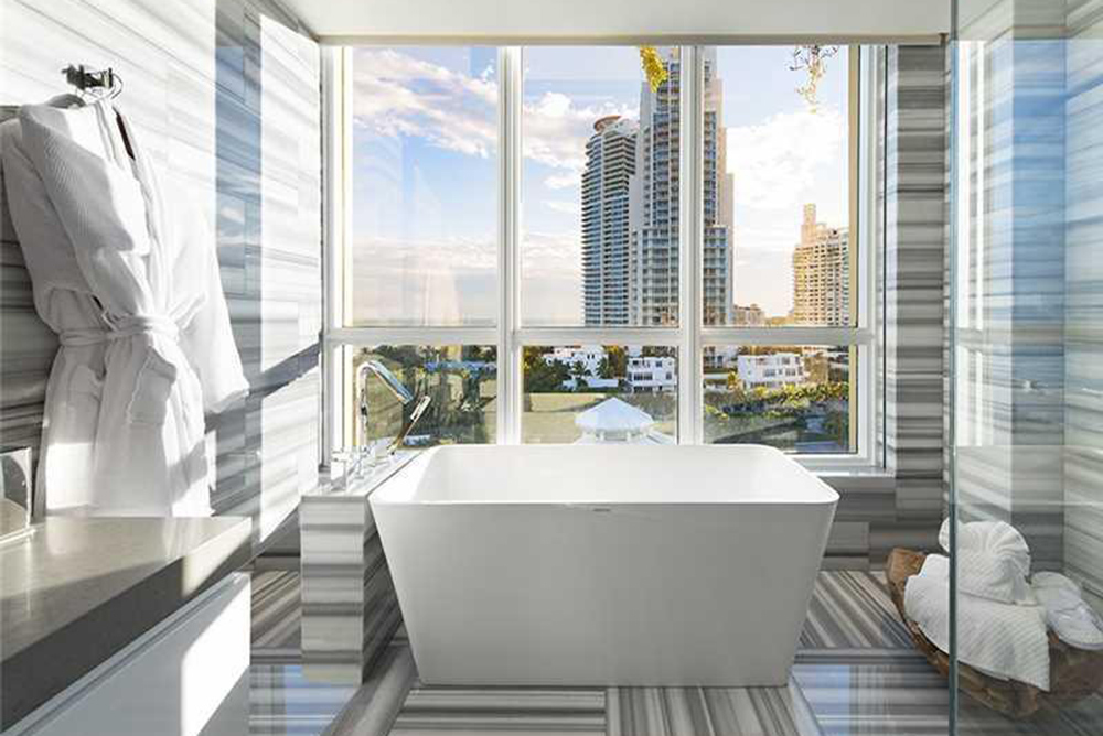 The Quot Kourtney And Khloe Take Miami Quot Penthouse Is For Sale