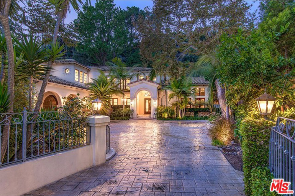 Melissa rivers drops 11 million on a santa monica mega for House for sale in santa monica
