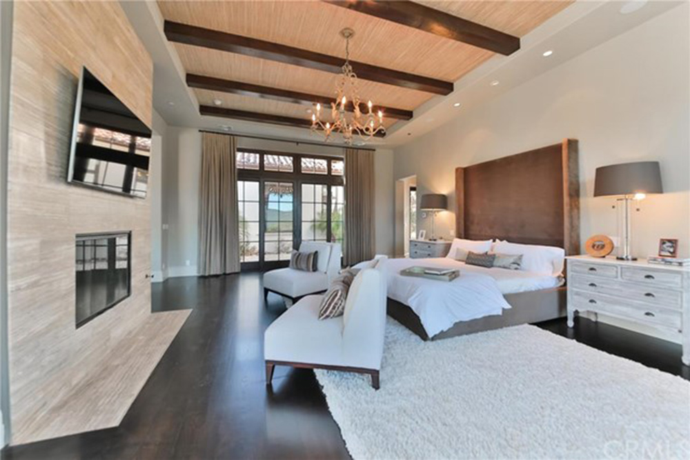 Britney spears is selling her thousand oaks home celebrity trulia blog for 7 bedroom house for sale in california