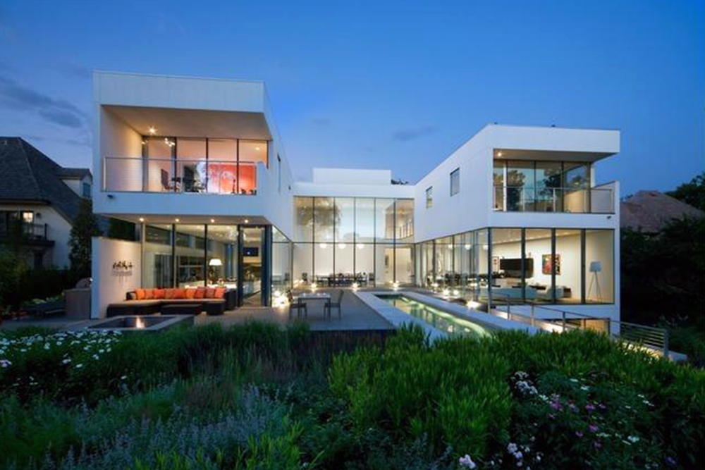 Guess the prices of these 5 modern homes for sale real estate 101 trulia blog for Modern house auction