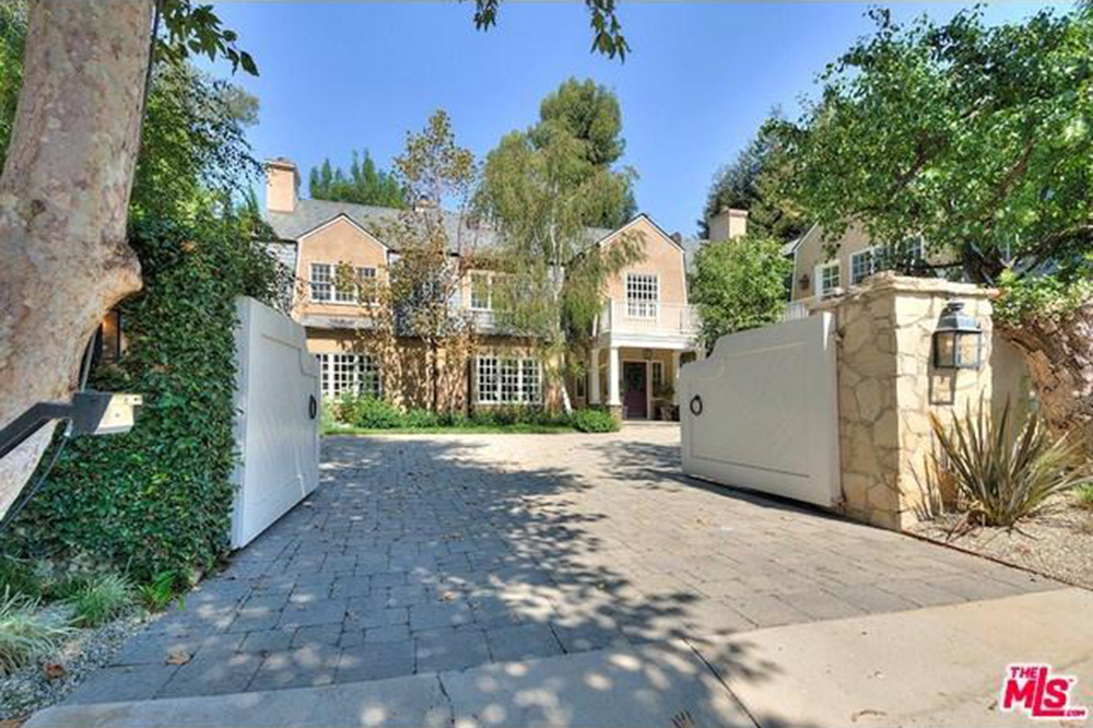 an adele hello to a new home in beverly hills celebrity
