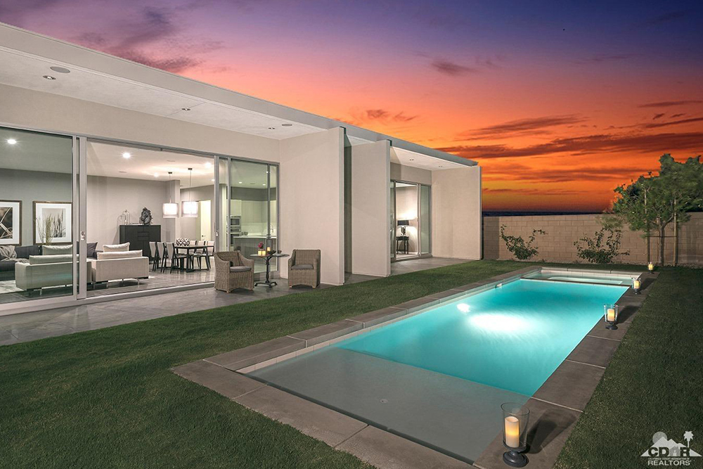 Homes for sale with pools and porches for summertime - Homes with swimming pools for sale ...