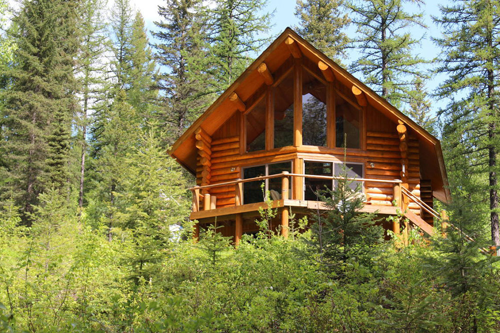 10 homes for sale near national parks in america for Classic american homes for sale