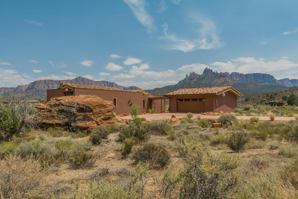 10 homes for sale near national parks in america