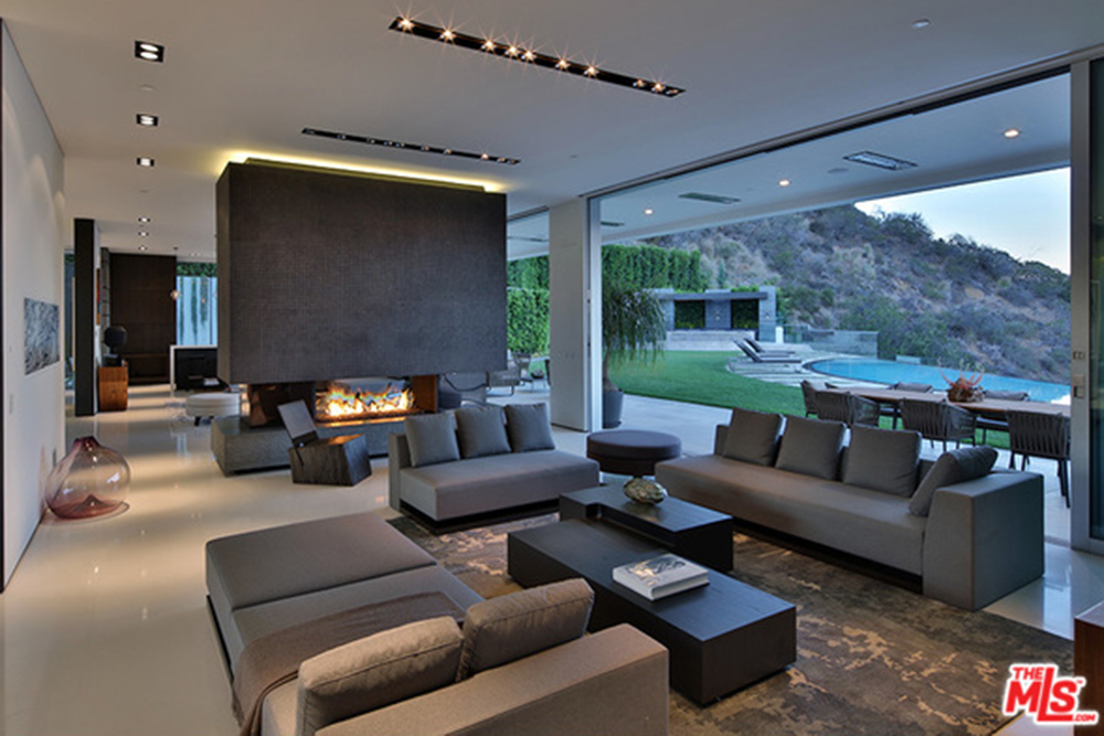 The new l a reid house in los angeles ca celebrity for Living room jazz los angeles