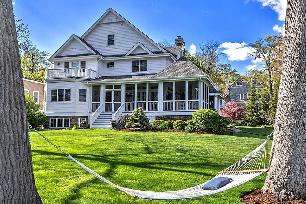 pick your favorite 8 lake homes for sale life at home trulia blog