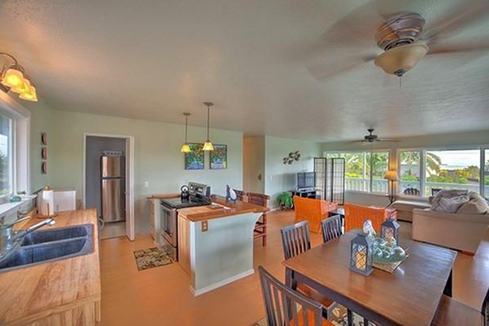 Superb Affordable Hawaii Real Estate In Pahoa Kitchen