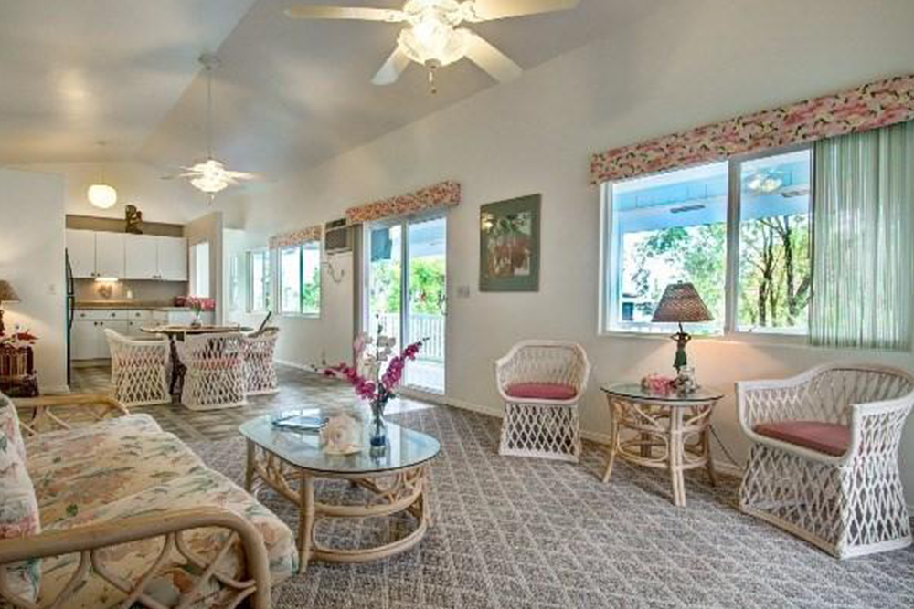 Good Affordable Hawaii Real Estate In Kuna Living Room