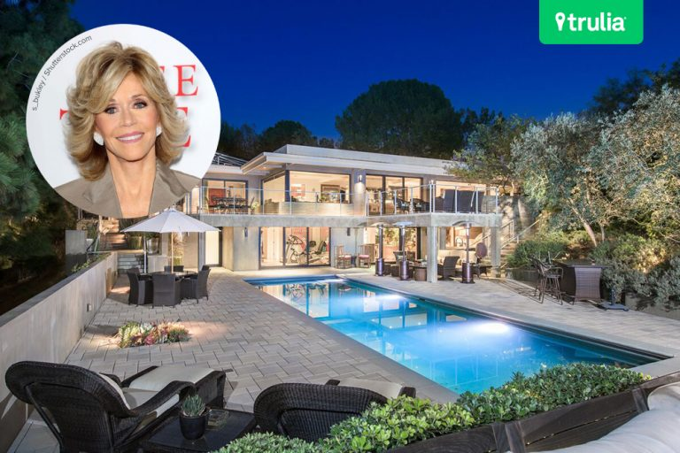 Jane fonda 39 s beverly hills mansion hits the market for Buy house beverly hills
