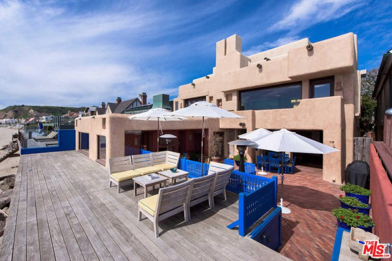 Rent sting 39 s malibu beach house for the summer celebrity for Malibu mansions for rent