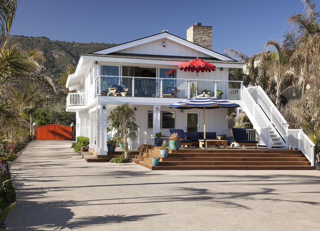Mila kunis and ashton kutcher buy 10m santa barbara beach for Beach house rental santa barbara
