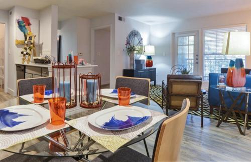 apartments under $2000
