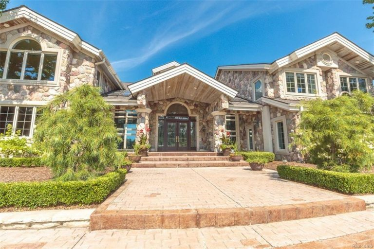 eminem lists his michigan home for 2m trulia 39 s blog