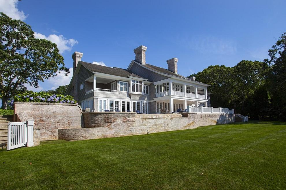 Beyonce and jay z buy hamptons mansion for 26m trulia 39 s for Celebrity homes in the hamptons