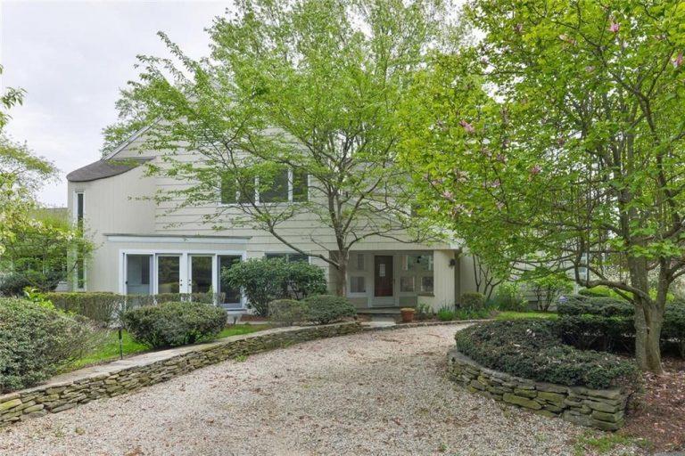 Harvey weinstein sells ct home exterior