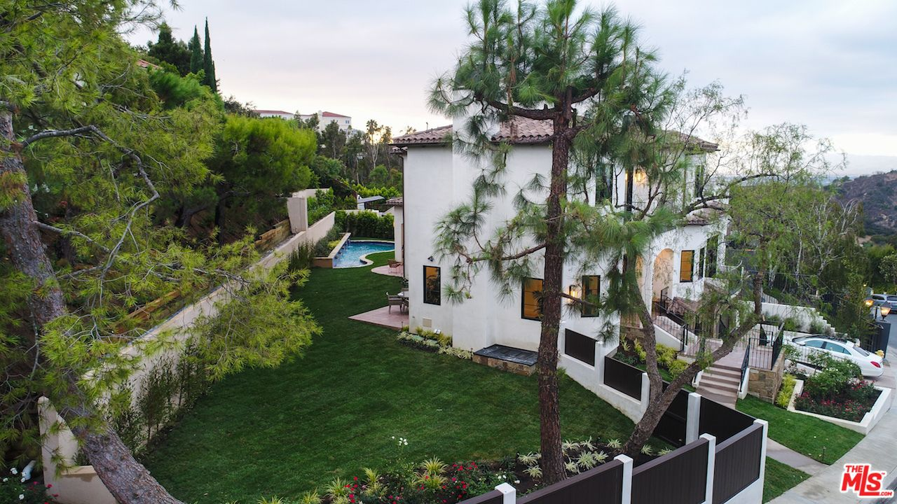 Serena Williams Snags Beverly Hills Home For 6 7m