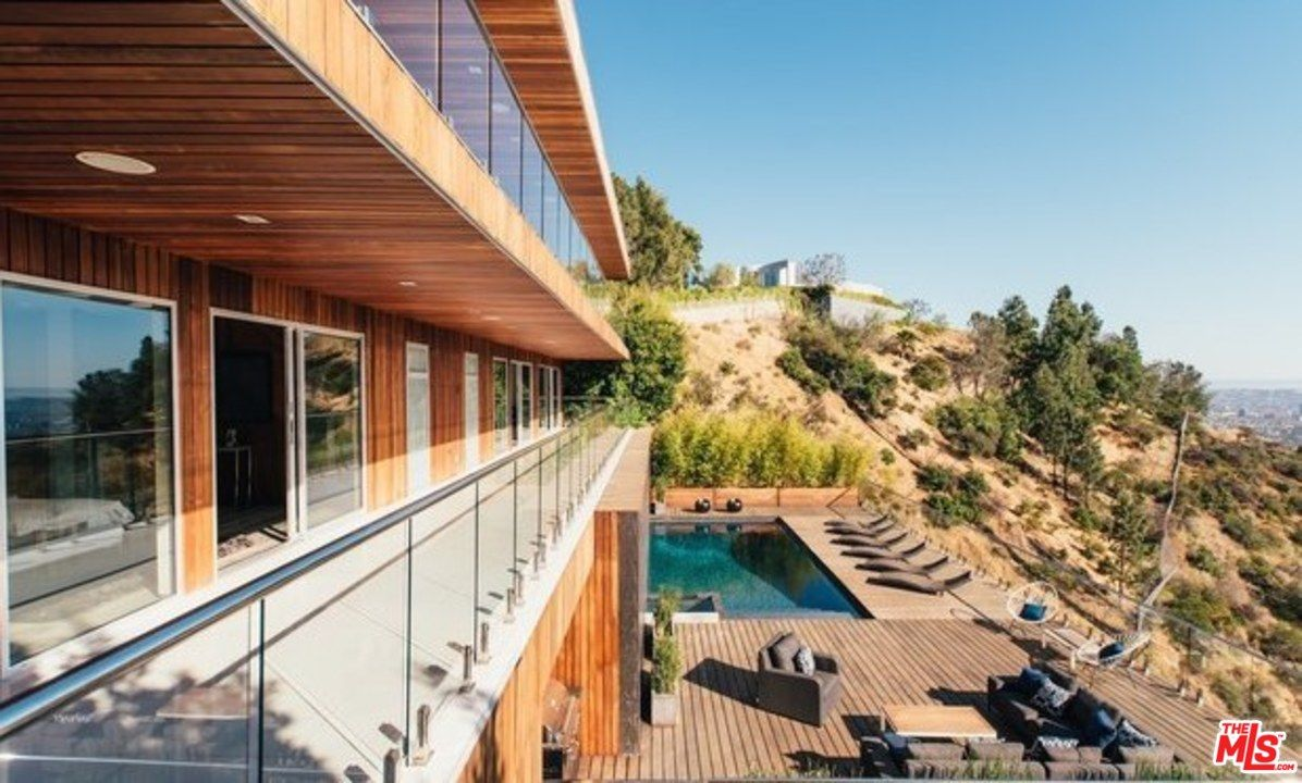 teddie jo mellencamp snags hollywood hills home exterior