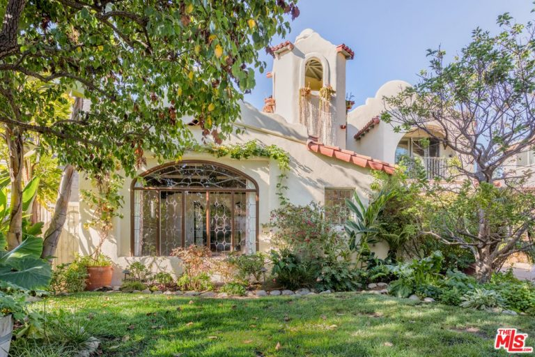 alyson hannigan lists her santa monica home for $5.1m exterior