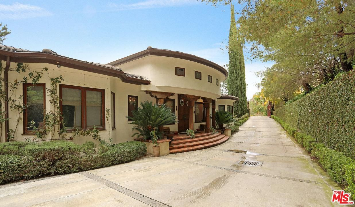 forest whitaker lists two hollywood hills estates for 5m exterior side